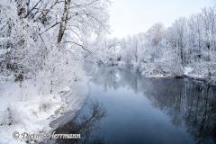 070-Schnee-und-Rauhreif-an-der-Leine-Z7-049428